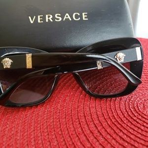 Versace 4305 Sunglasses Polarized